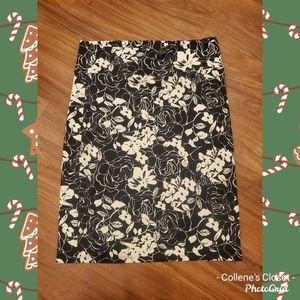 Agnes & Dora Black White Floral Skirt 2X